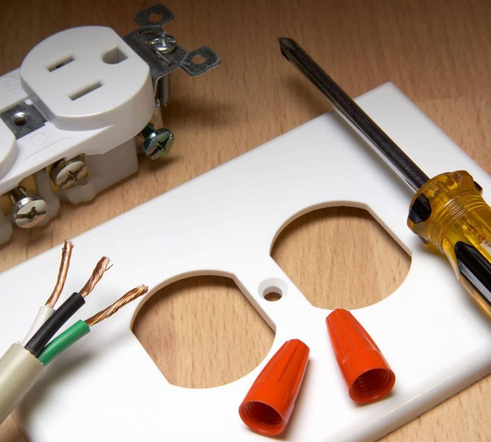 https://tkohlerplumbing.com/wp-content/uploads/2019/10/electrical-services.jpg